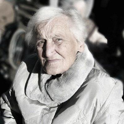 Gerontologia i opieka nad osobami starszymi